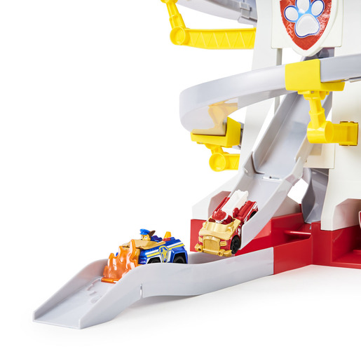 Paw Patrol True Metal Adventure Bay Rescue Way Playset and Vehicles